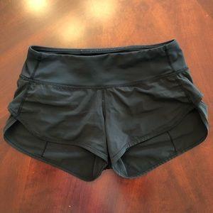 Lululemon Run Speed Athletic Shorts Women Size 2